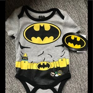 NEW WITH TAGS Batman Onesie 3-6M